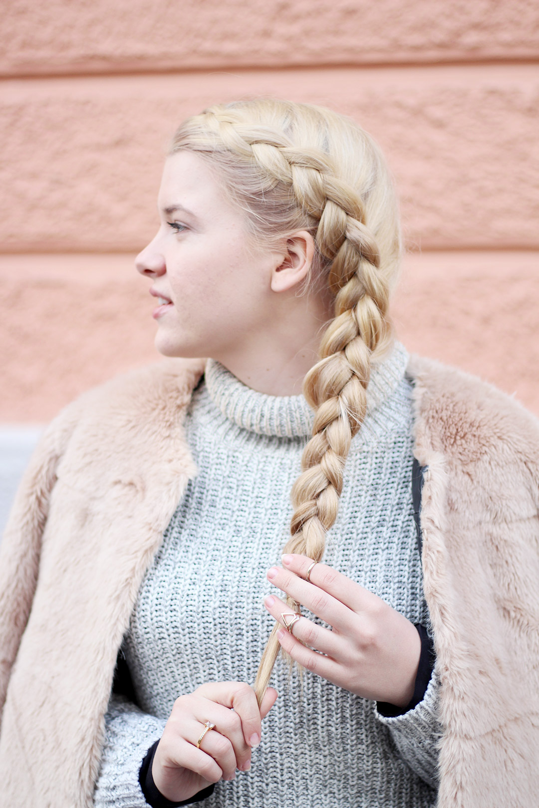 Fake Fur Braid Girl
